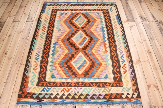 10554 Afghan Kilim Rug - Vegetable Dyed 152x206cm (4.11½ x 6.9ft)
