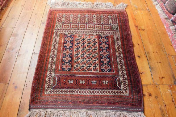 8226 Semi Antique Persian Baluch Rug 93x135cm