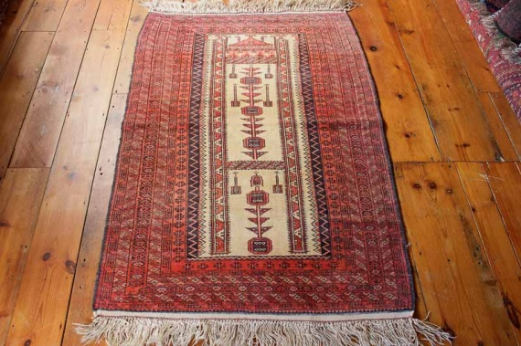 8231 Semi Antique Persian Baluch Prayer Rug 91x138cm (2.11½ x 4.6ft)