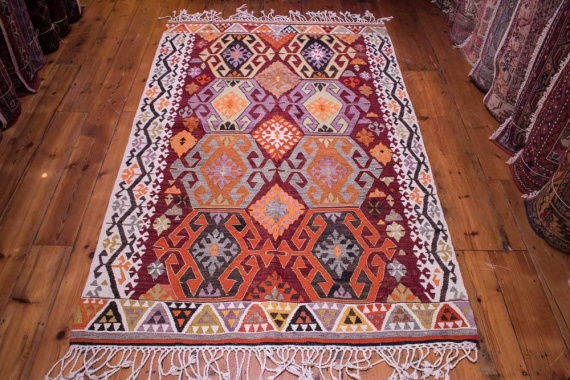9055 Vintage Turkish Kilim Rug - Adana 122x189cm (4 x 6.2½ft)