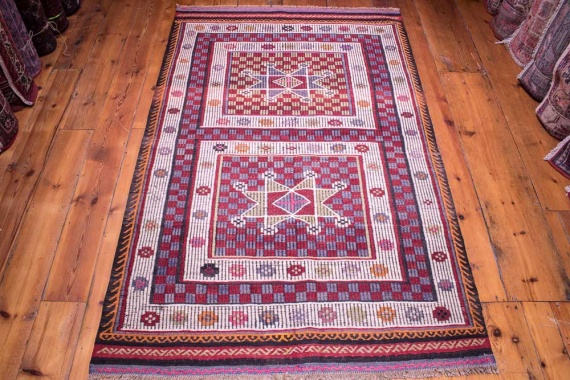 9077 Turkish Kilim Rug - Usak 113x178cm (3.8½ x 5.10ft)