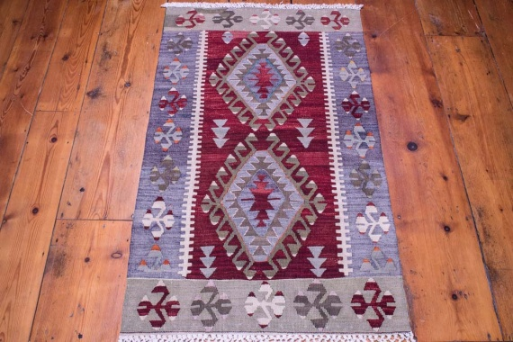 9101 Vintage Turkish Kilim Rug - Esme 69x120cm (2.3 x 3.11ft)