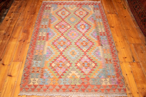 9223 Afghan Kilim Rug - Vegetable Dyed 125x195cm (4.1 x 6.5ft)