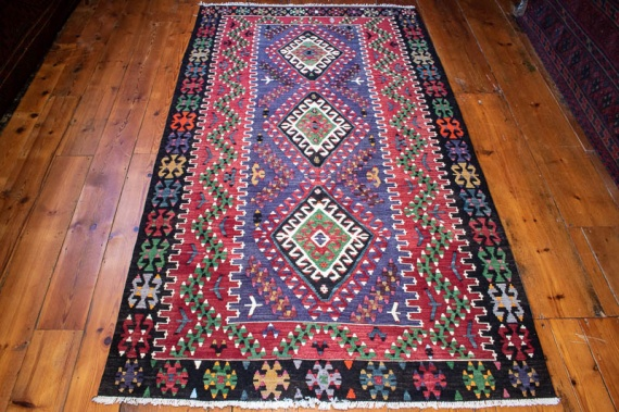 9445 Vintage Turkish Kilim Rug - Esme 118½x206cm (3.10½ x 6.9ft)