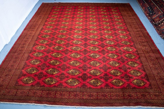 9608 Large Fine Persian Turkoman Carpet 301x379cm (9.10½ x 12.5ft)
