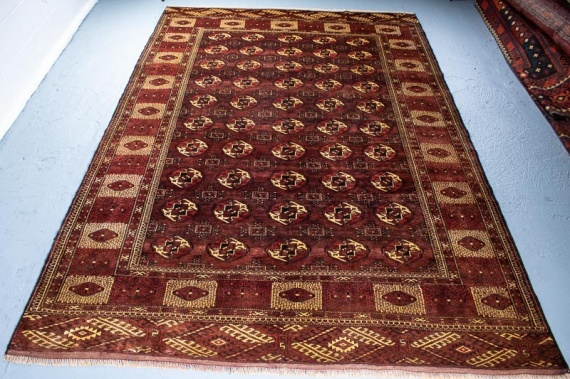 9626 Persian Turkoman Carpet 219x331cm (7.2 x 10.10ft)