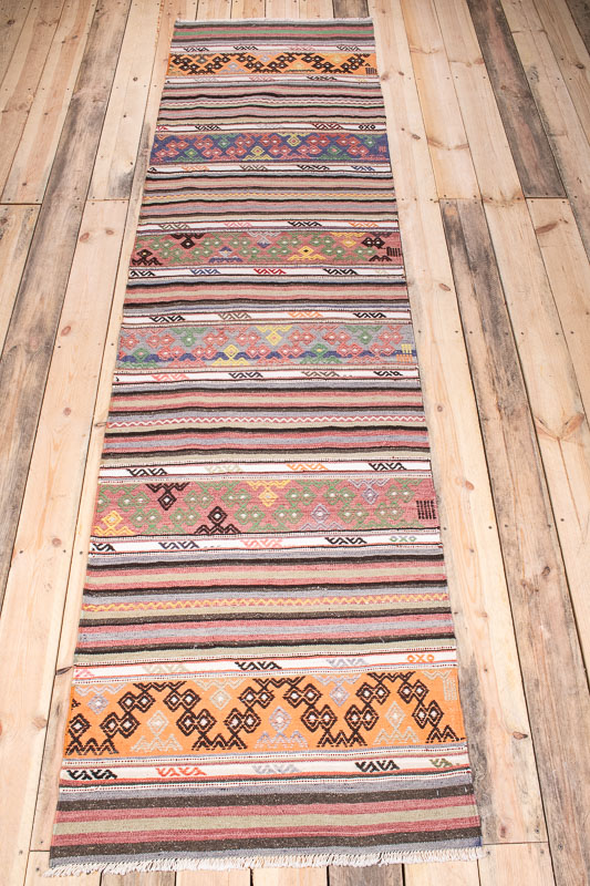 9985 Vintage Turkish Selendi Kilim Runner Rug 76x290cm (2.6 x 9.6ft)