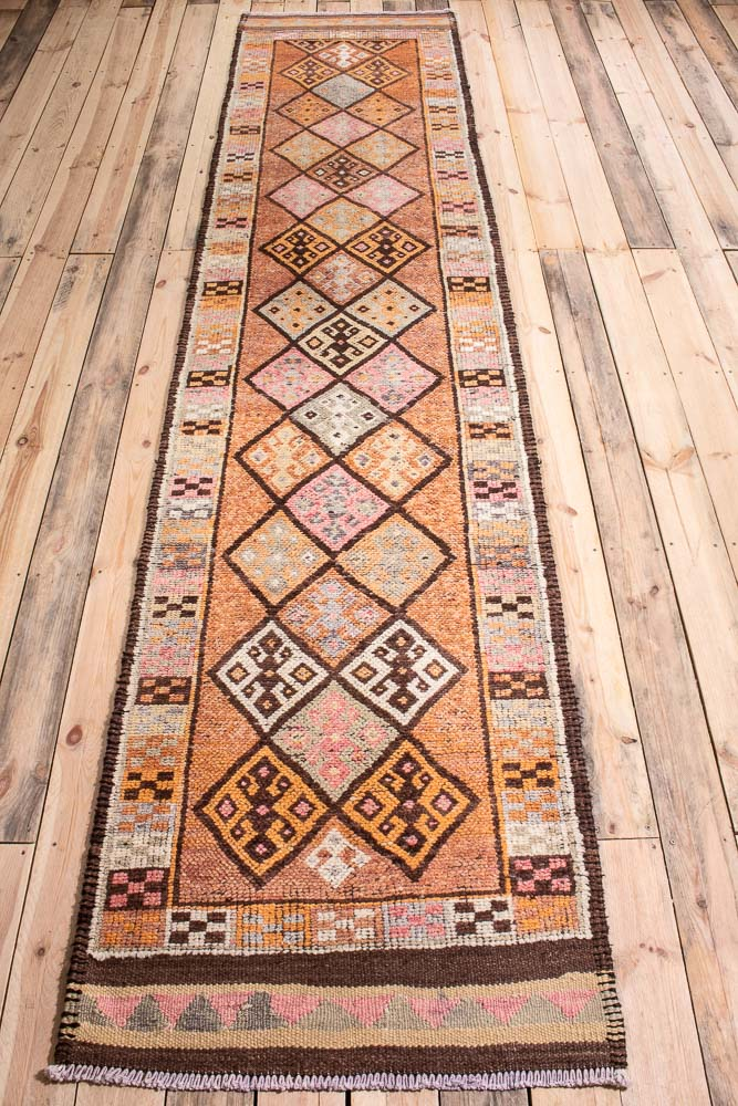 10723 Vintage Kurdish Herki Carpet Runner Rug 85x387cm (2.9½ x 12.8½ft)