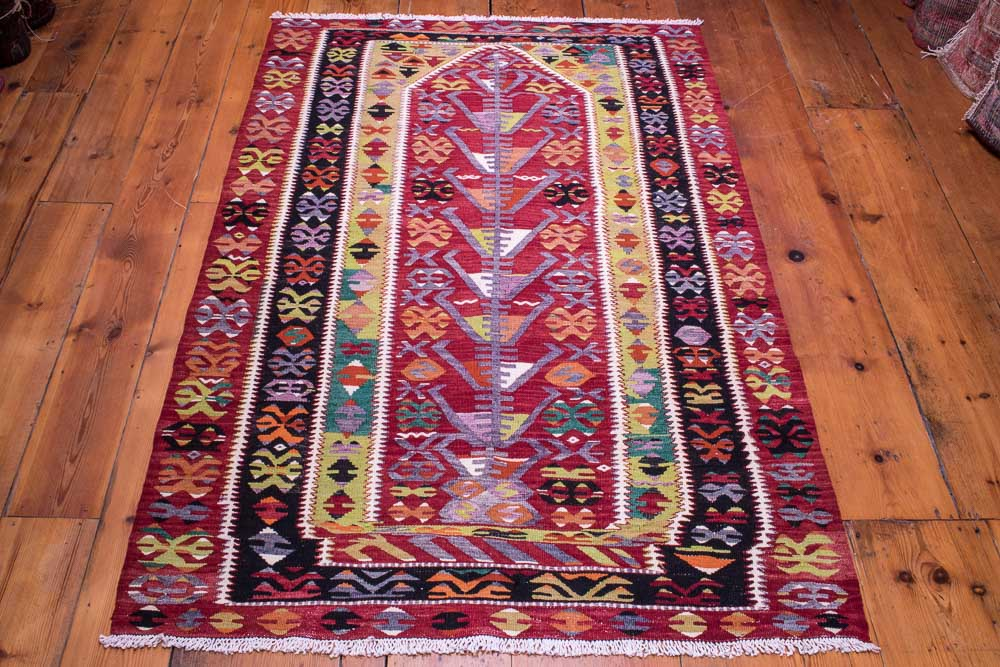9058 Vintage Turkish Kilim Rug - Esme 104x160cm (3.5 x 5.3ft)